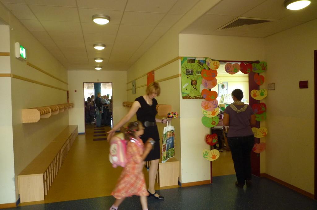 ... und Frau Westerbur: Nun beginnt unser Schulalltag für alle!