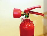 12. Juni 2021: Überprüfung von tragbaren Feuerlöschern