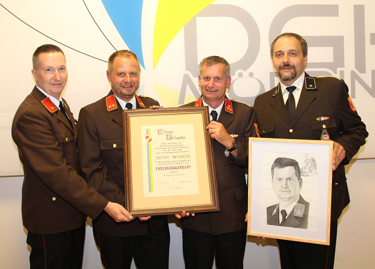 FF Mödring: Johann Waschl ist Ehrenkommandant