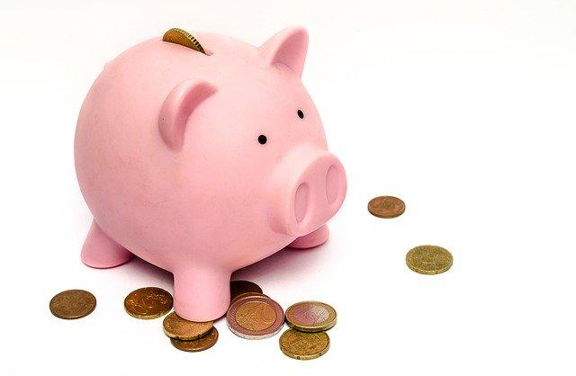 不動産登記を依頼すると費用はどのくらいかかりますか?