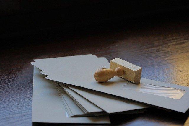 裁判所から「特別送達」で送られてきた書類は、内容をしっかり確認しましょう