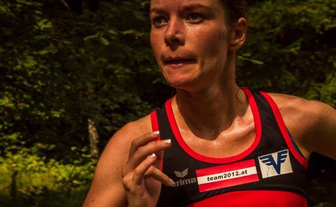 Tanja Bauer voll fokussiert beim Ulrichberglauf (Foto zVg)