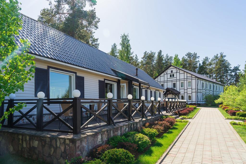 Ресторан и вид на отель №2 (двухместные стандартные номера)