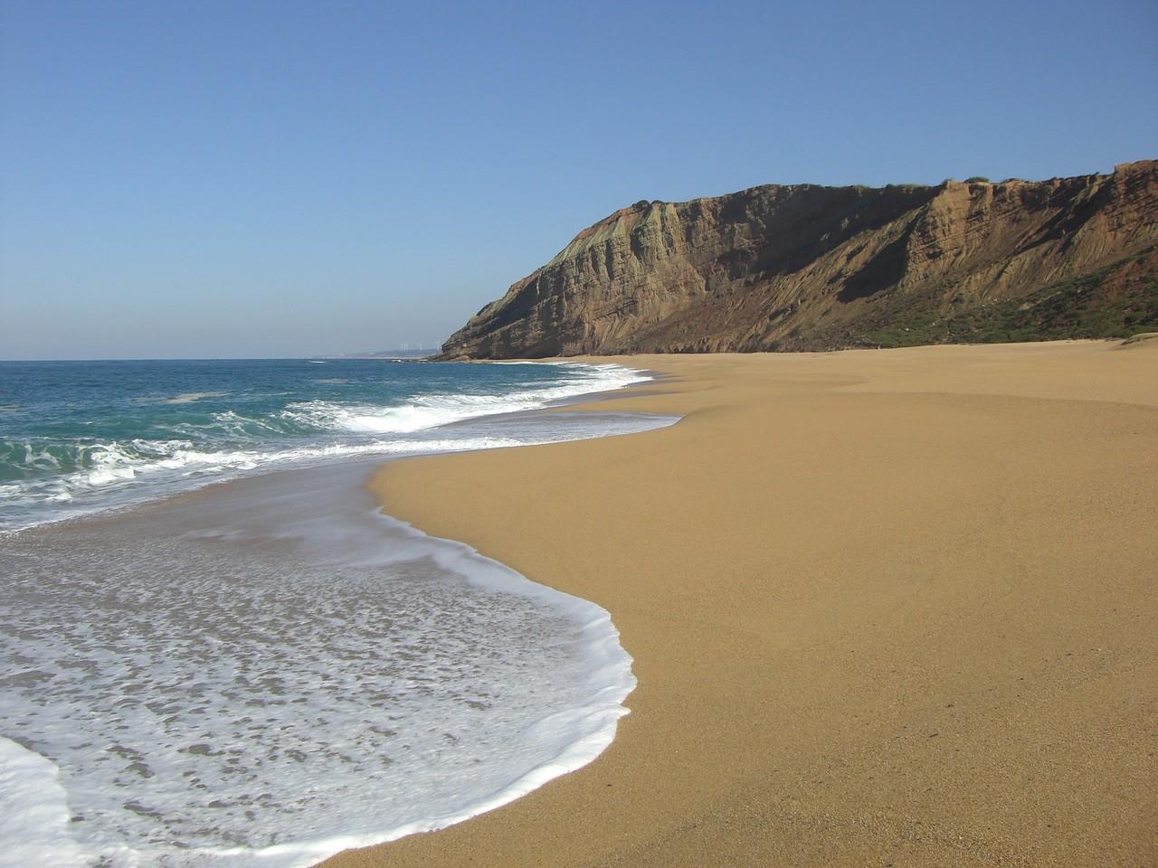 Strandurlaub in Portugal, die Ferienunterkunft ist nur 800 m entfernt.