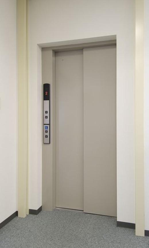 ●新館エレベーター
