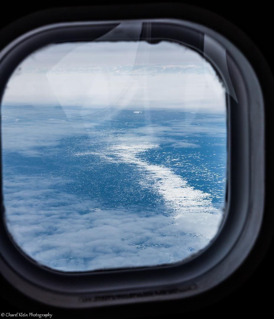 Flight Akureyri - Constable point - first ice on the ocean!