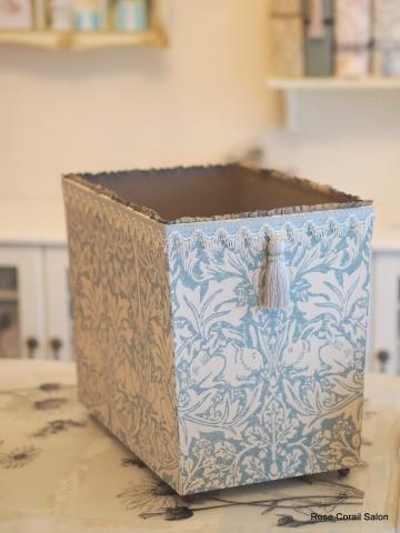 カルトナージュ:トイレットペーパーボックス
