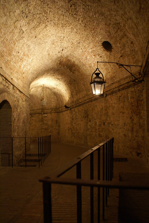 Rocca Paolina ( la ville souterraine )