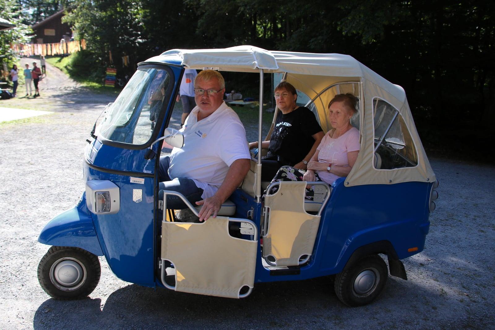 Shuttle-Bus - danke an den Rotary Club Obernburg