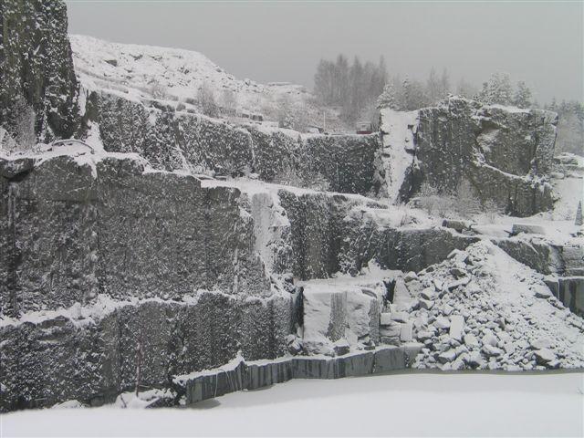 Stålakerbrudd, Larvik