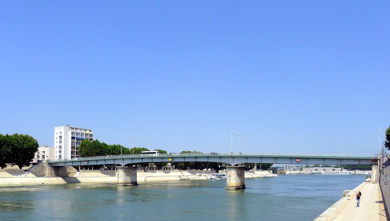 Arles - Les travaux de mise en sécurité du pont de Trinquetaille réalisés avant fin mai