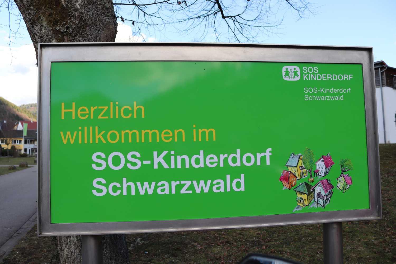 Der krönende Abschluss der 2. Phase war der erste Besuch des SOS-Kinderdorfes