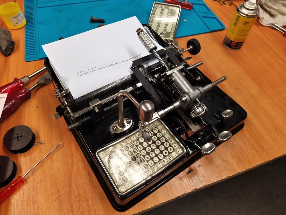 Schreibmaschine Mignon revidiert