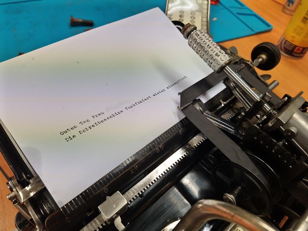 Schreibmaschine Mignon AEG Typ 4