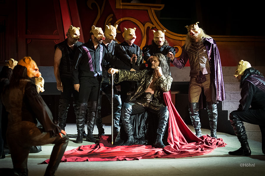 Ensemble (Rigoletto 2013)