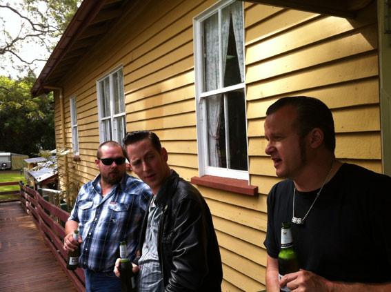 Giggles, Simon, Paul
