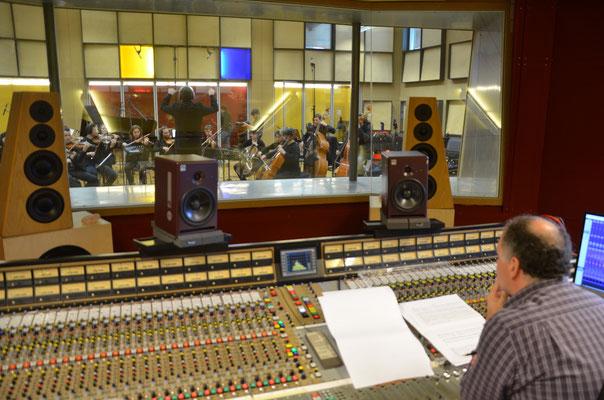 Chor des Montana Institut Zugerberg und Orchester Camerata Musica unter der Leitung von Guido Bissig