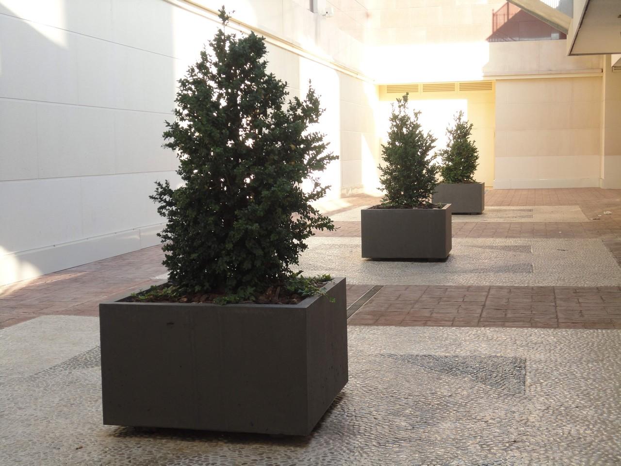 Mobiliario urbano jardineras losada - Maceteros rectangulares grandes ...