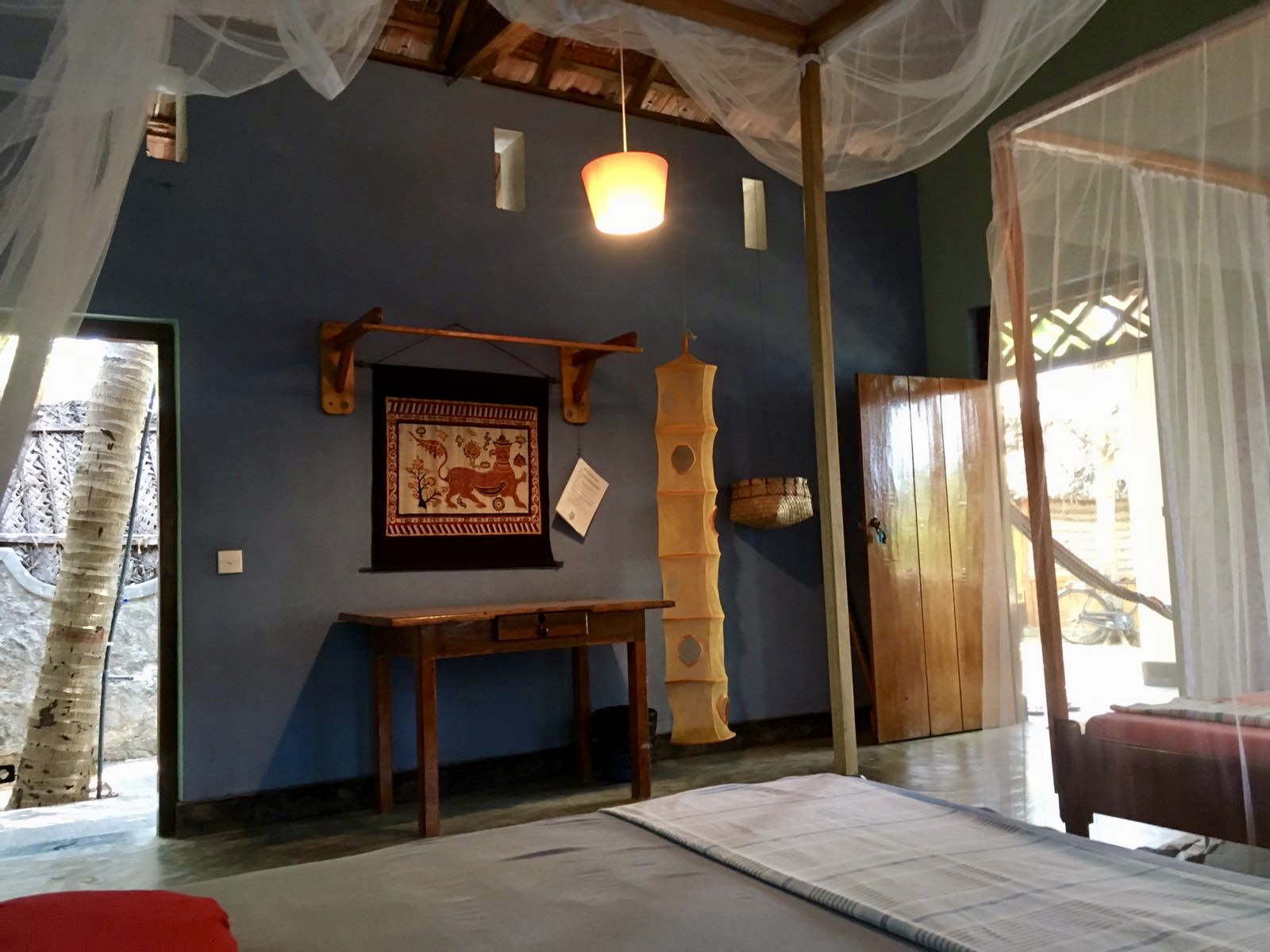 The Jerry Cabana / Lounge around
