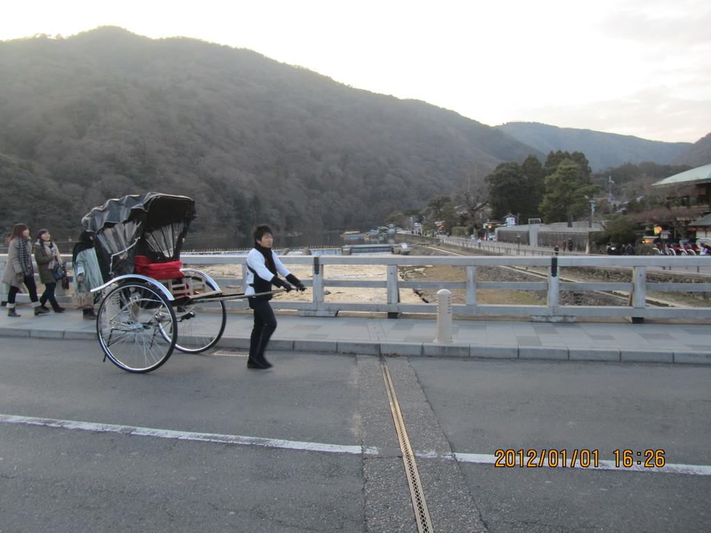 10.嵐山の渡月橋
