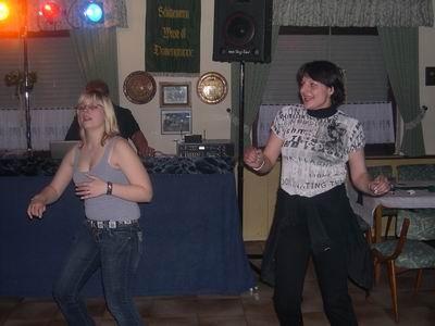 So jetzt aber rauf auf den Tanzboden, .....
