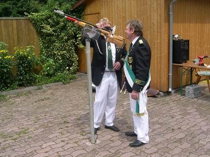 So, jetzt wird es ernst, Horst eröffnet das Ringen um die neue Königswürde.