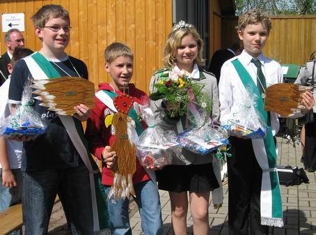 Zum zweiten mal holteOliver Bäumchen den Adler aus den Kasten. Als Kinderkönig 2007. erwählte er sich Beritt Stoppenbrink zur Königin. 1. Ritter Joel Schmidt  und 2. Ritter Tobias Stoppenbrink