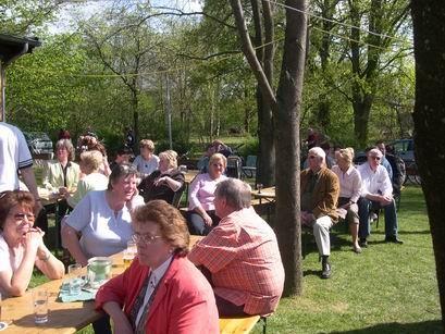 Bei traumhaften Sommerwetter waren reichlich Gäste in der BSV-Biergarten gekommen.