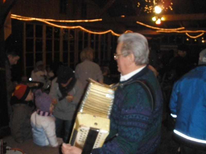 Auch für Weihnachtliche Akkordeonklänge ist diese Jahr wieder gesorgt.