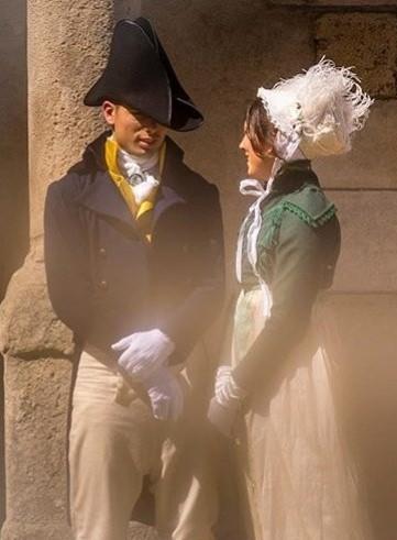 location confection sur mesure  costumes historique regency premier empire