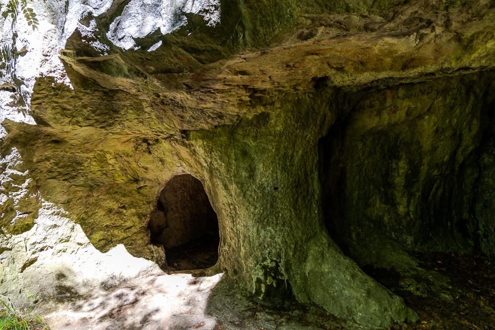 Lippoldshöhle und Lügenstein