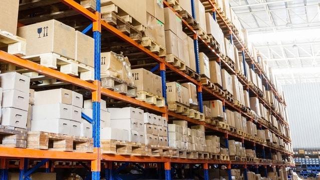 Unser umfangreiches Lager an Etiketten ermöglicht eine zeitnahe Lieferung