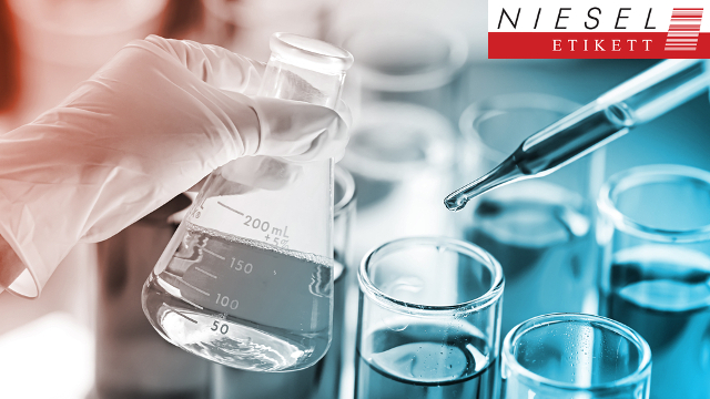Insbesondere die Chemieindustrie erfordert eine perfekte Kennzeichnung