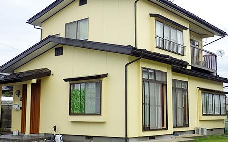 【盛岡市】 明るく華やかな外観と、建物の防水性能を両立