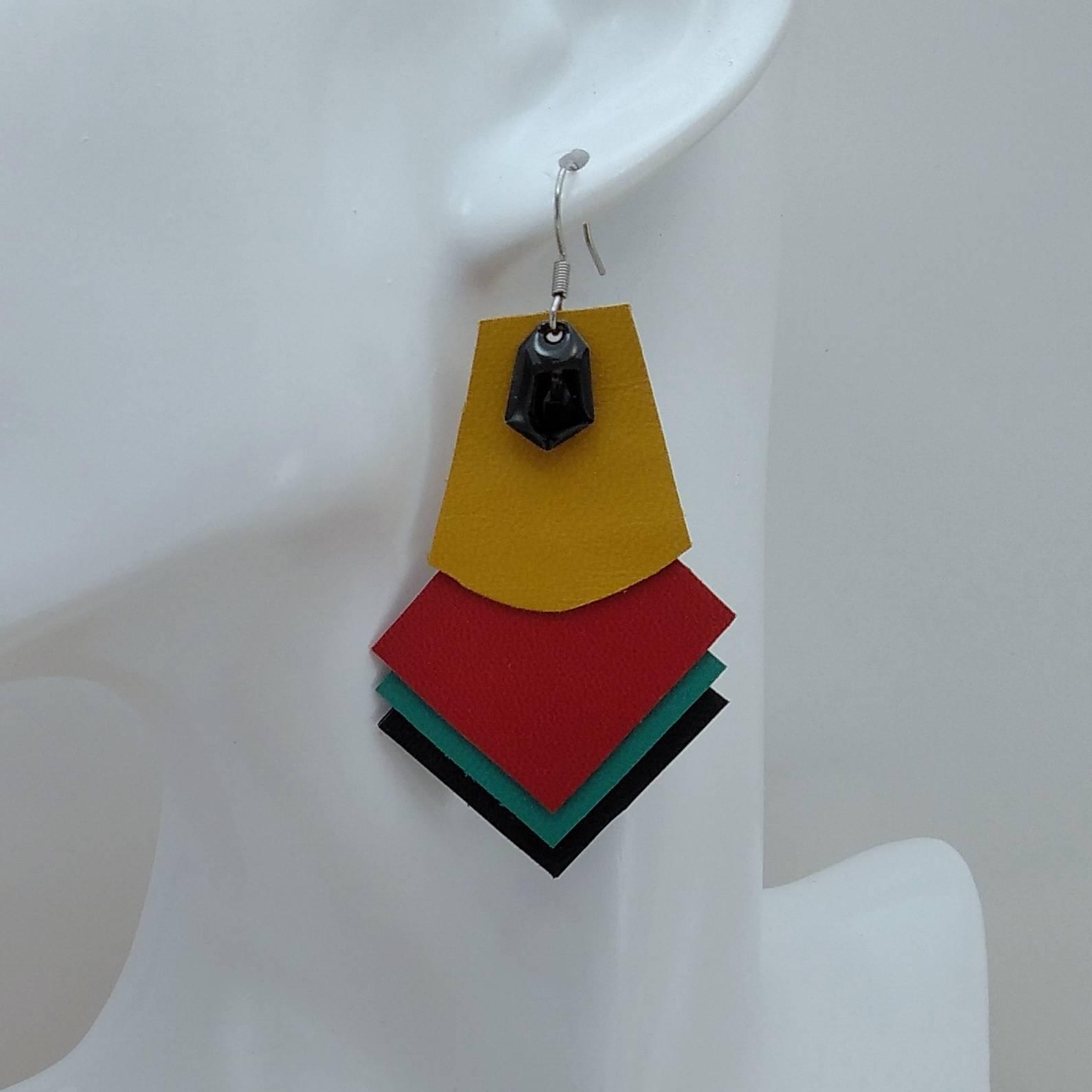 B.O. FORMIDABLE modèle 1 Breloque diamant noir et cuir ocre/rouge/vert prasin/noir