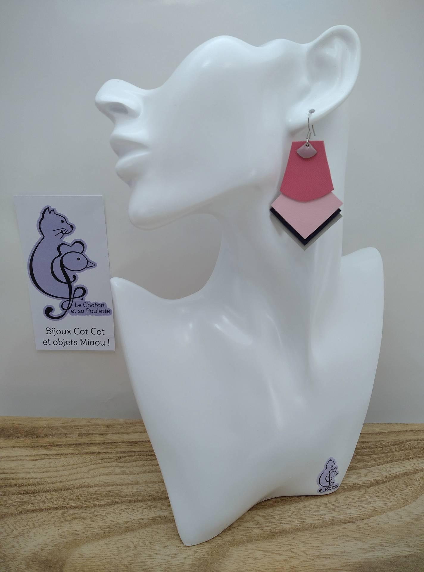 B.O. FORMIDABLE modèle 1 Breloque éventail rose dragée et cuir rose/rose clair/bleu nuit/gris clair