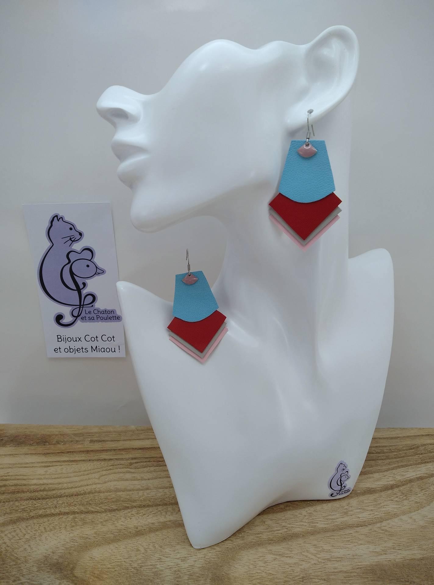 B.O. FORMIDABLE modèle 1 Breloque éventail rose dragée et cuir bleu azur/rouge/gris clair/rose clair