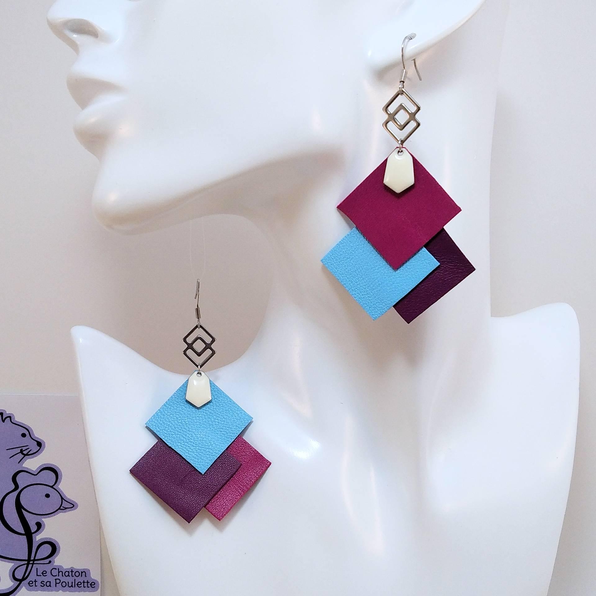 VENDUES ! B.O. FORMIDABLE modèle 6 Cuirs fuchsia/bleu azur/améthyste, breloque inox carrés entrelacés et diamant blanc