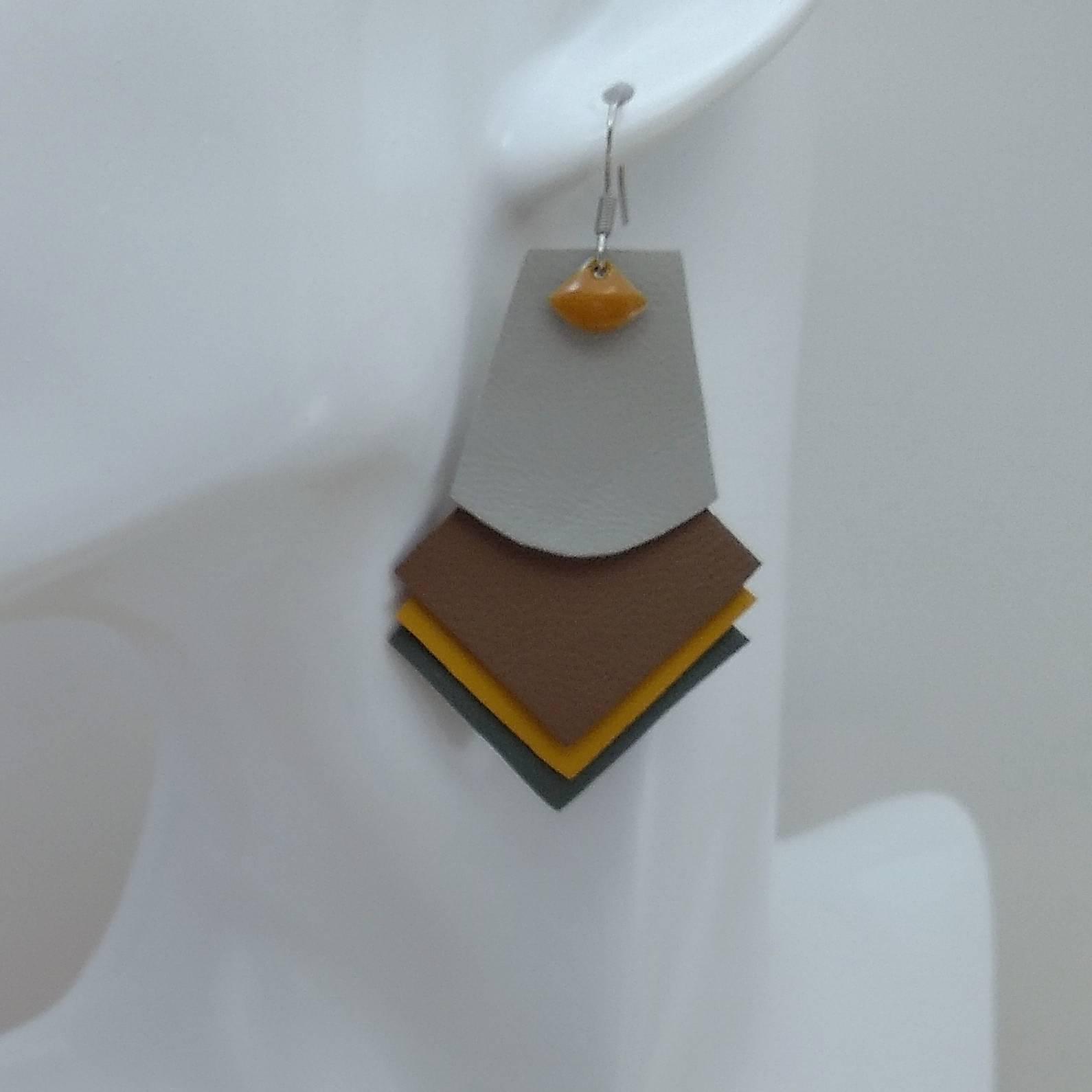 VENDUES ! B.O. FORMIDABLE modèle 1 Breloque éventail moutarde et cuir gris clair/sépia/ocre/gris