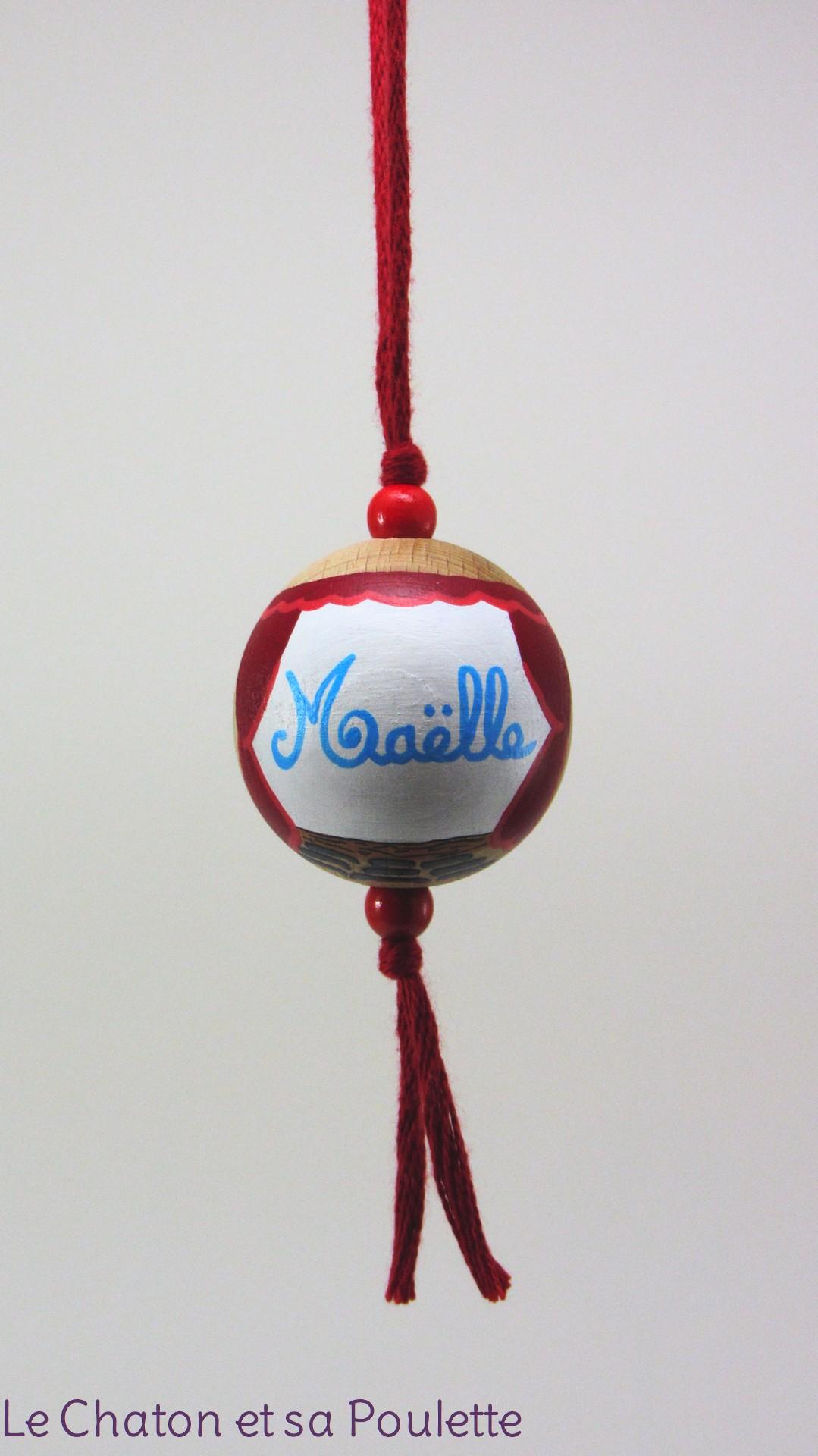 Boule rouge MAELLE - Le Chaton et sa Poulette