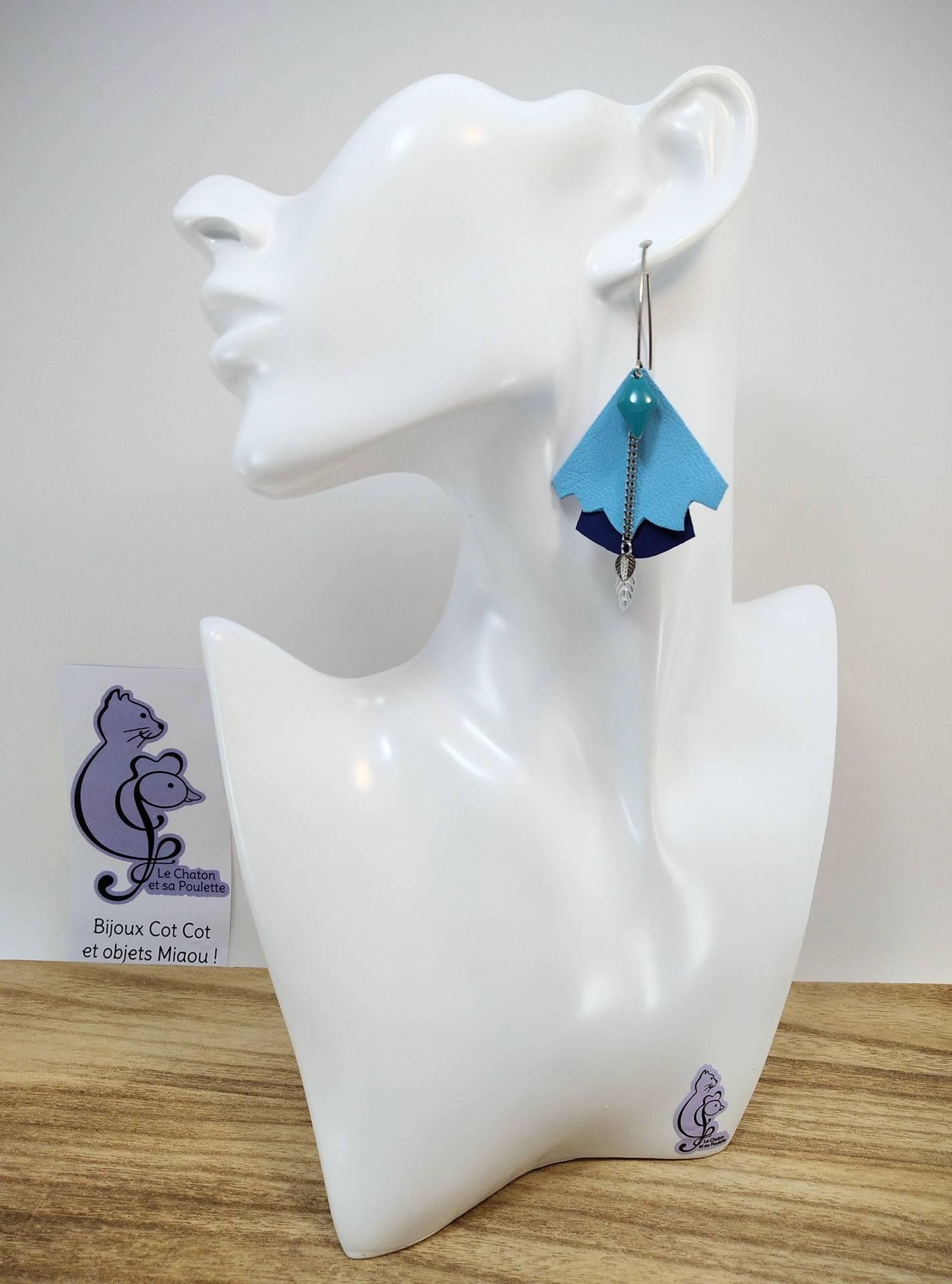 BO FORMIDABLE modèle n°5 Cuirs bleu azur et bleu marine, breloque diamant turquoise