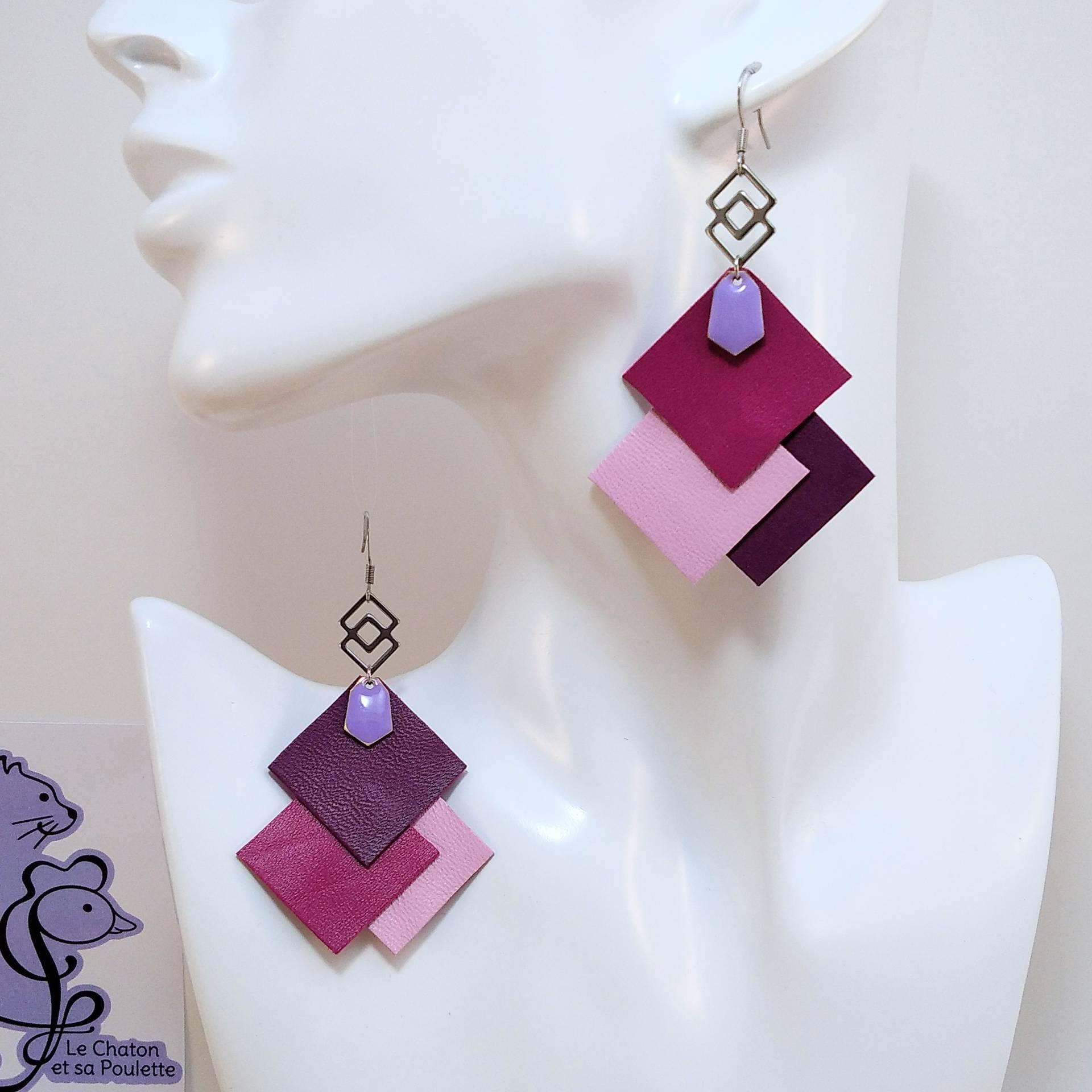 B.O. FORMIDABLE modèle 6 Cuirs fuchsia/rose dragée/prune, breloque inox carrés entrelacés et diamant lilas