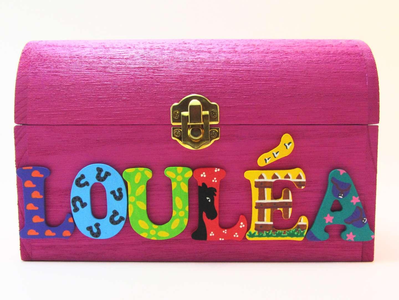 Coffret fuchsia, prénom décoré Louléa, thème équitation