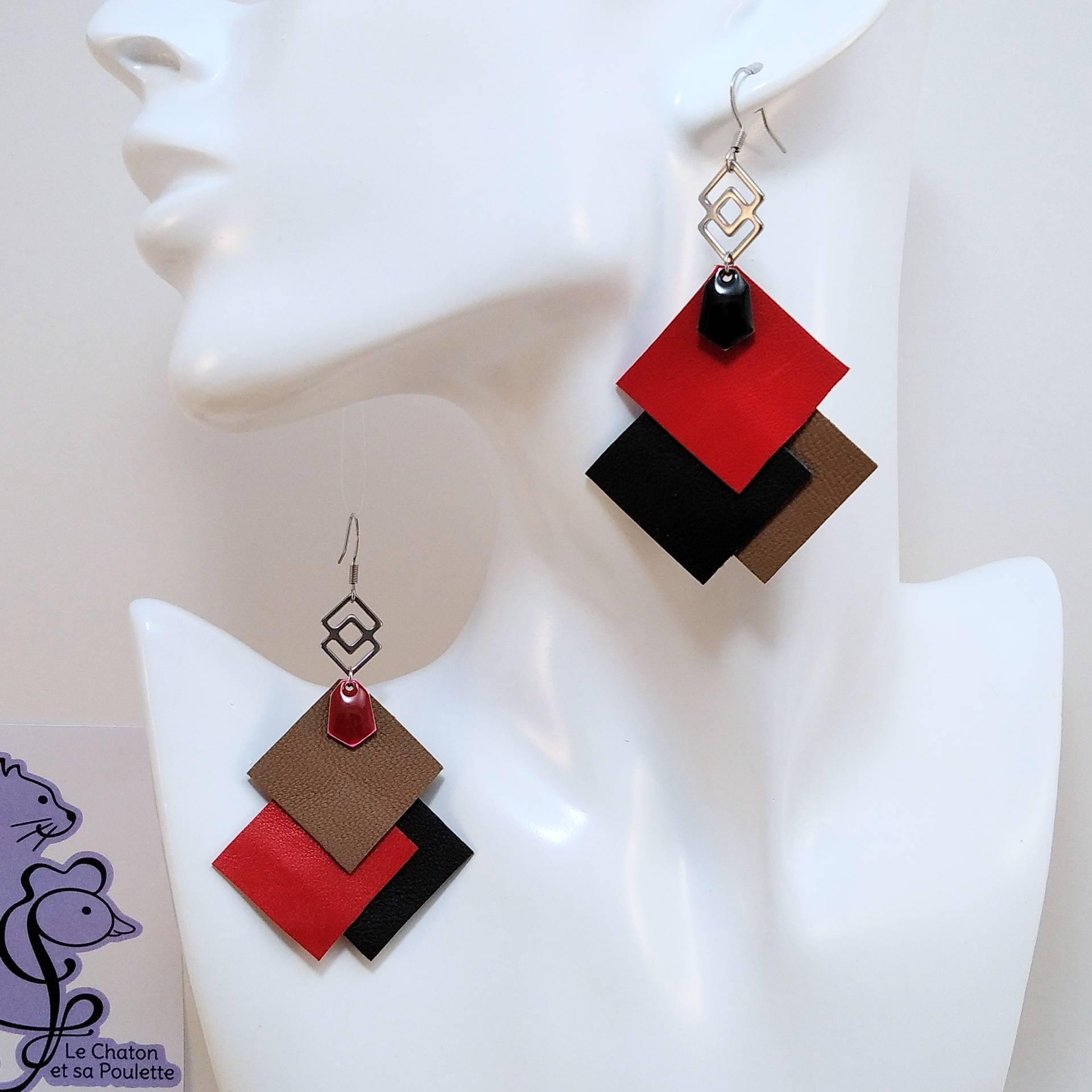 VENDUES ! B.O. FORMIDABLE modèle 6 Cuirs rouge/noir/sépia, breloque inox carrés entrelacés et diamant noir ou rouge