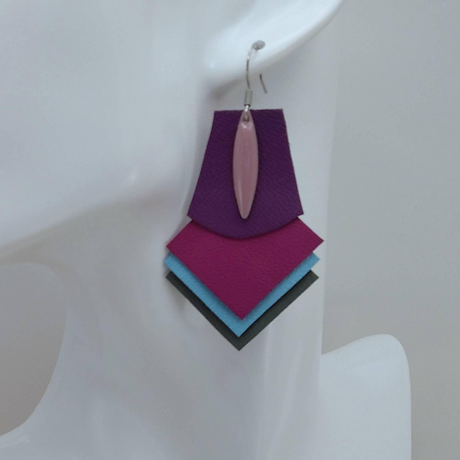 VENDUES ! B.O. FORMIDABLE modèle 1 Breloque navette rose et cuir améthyste/fuchsia/bleu azur/gris