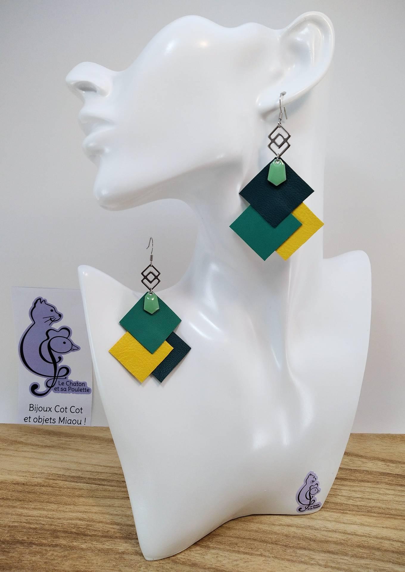 VENDUES ! B.O. FORMIDABLE modèle 6 Cuirs vert émeraude/vert prasin/jaune, breloque inox carrés entrelacés et diamant vert d'eau