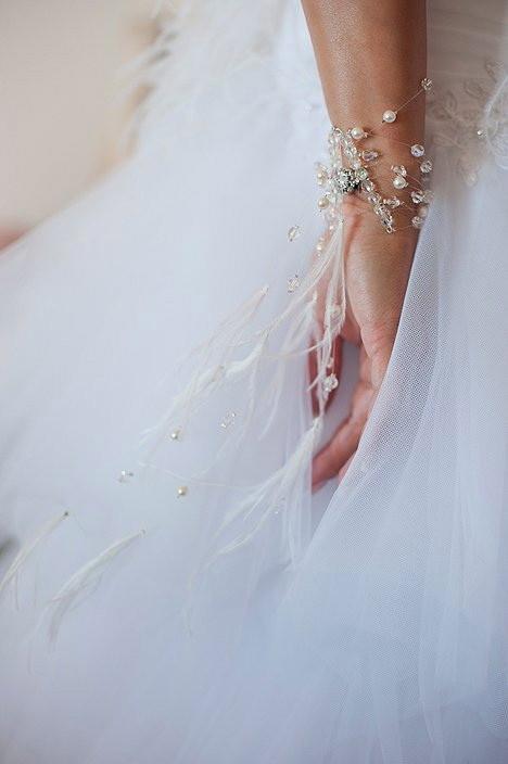 Bracelet plumes et cristaux