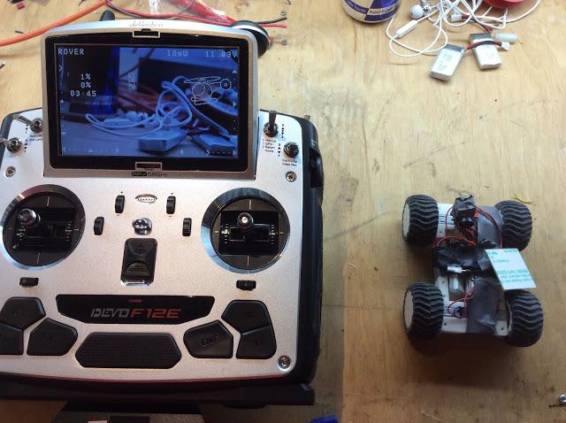 Devo F12e mit Rover - Bild Rückfahrkamera