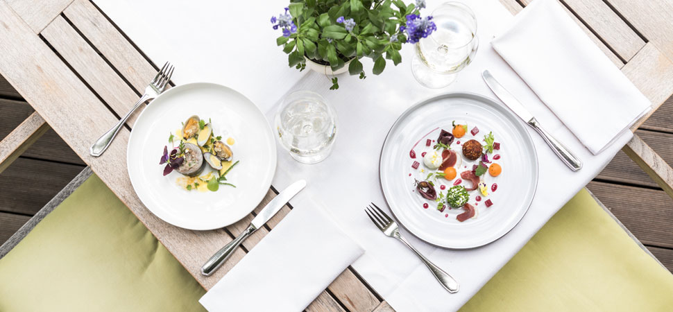 Restaurant Finsterwirt Künstlerstübele Ristorante Oste Scuro Brixen Bressanone - Gourmet Südtirol