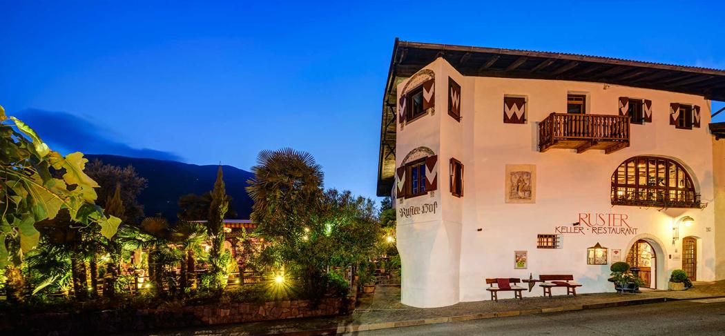 Lagundo - Ruster - Café & Ristorante Gourmet Südtirol Alto Adige
